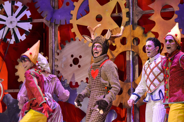 Torna un Babbo Natale in musical
