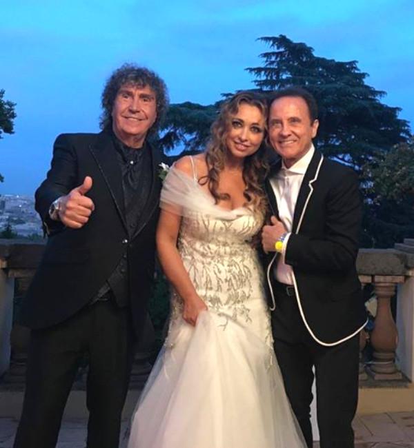 Pooh, si è sposato Stefano D'Orazio. Gli auguri social di Roby Facchinetti