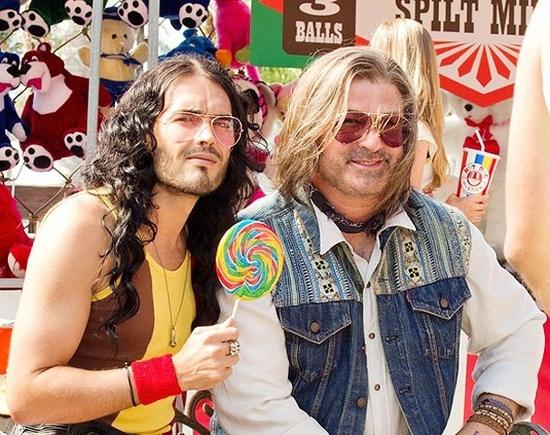 """Russel Brand e Alec Baldwin sul set di """"Rock of Ages"""""""