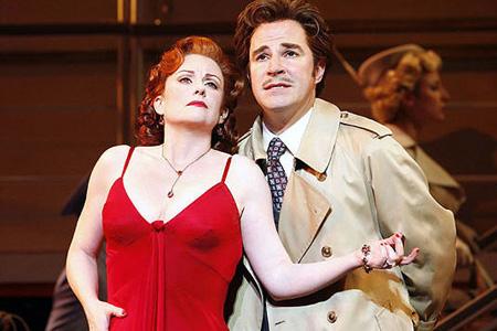 Megan Mullally e Roger Bart