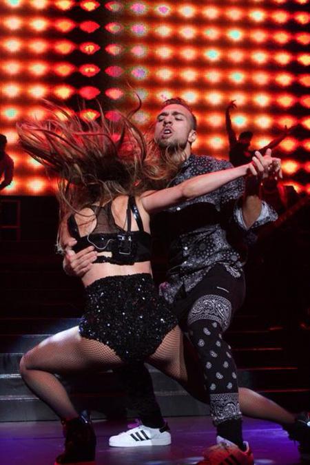 Jonathan Redavid con Jennifer Lopez