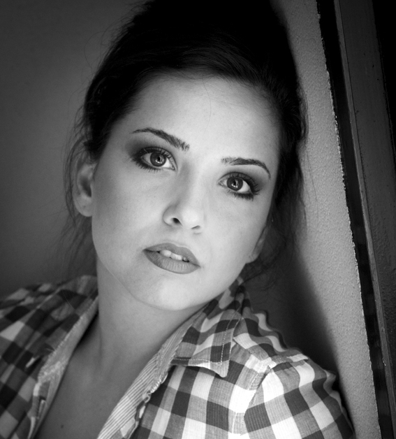 Laura Panzeri è Sandy nel tour estivo 2012