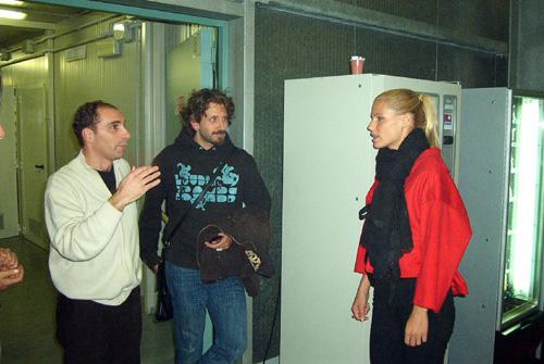 Michelle Hunziker con il maestro Giovanni Monti e Luca Notari (Foto www.davico.it)