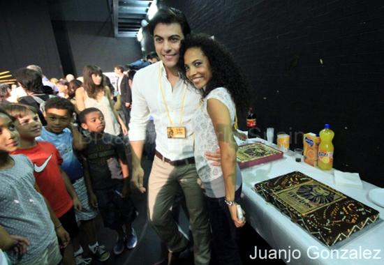 Daniela Pobega e Carlos Rivera (da broadwayworld.com)