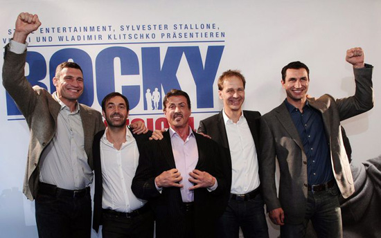 Stallone con i fratelli Wladimir e Vitali Klitschko, Johannes Mock O'Hara e Michael Hildebrandt