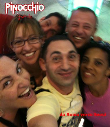 Parte del cast in partenza all'areoporto di Roma/Fiumicino - Foto Pierpaolo Lopatriello