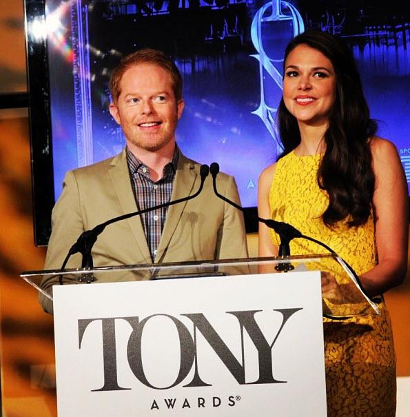 Jesse Tyler e Sutton Foster durante l'annuncio delle candidature