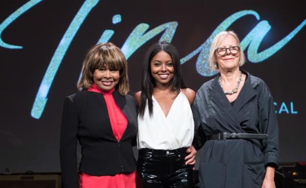 Tina Turner, Adrienne Wrren e Phyllida Lloyd