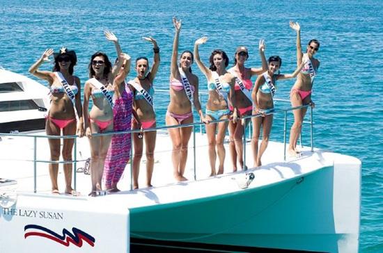 Alcune delle finaliste alle Bahamas