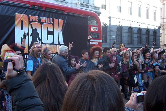 Il cast di We Will Rock You