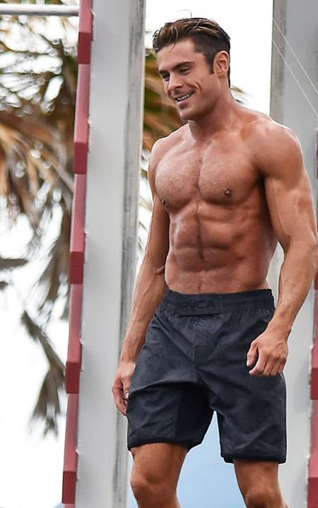 "Zac Efron in ""Baywatch"""